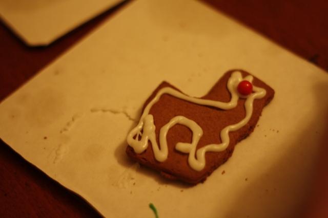 dec 17 2012 gingerbread 001